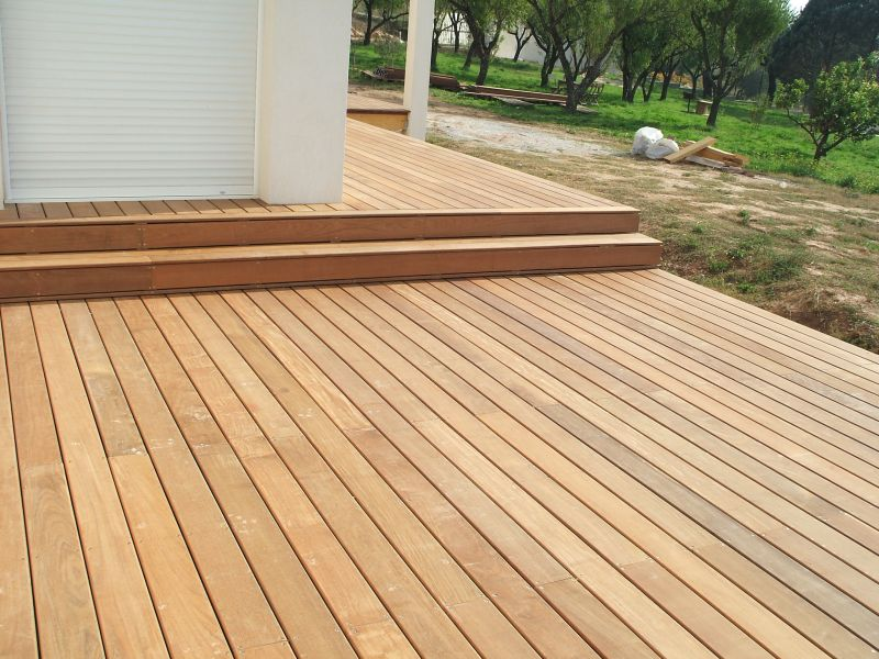 Leroy merlin terrasse en bois for Dalles de piscine leroy merlin