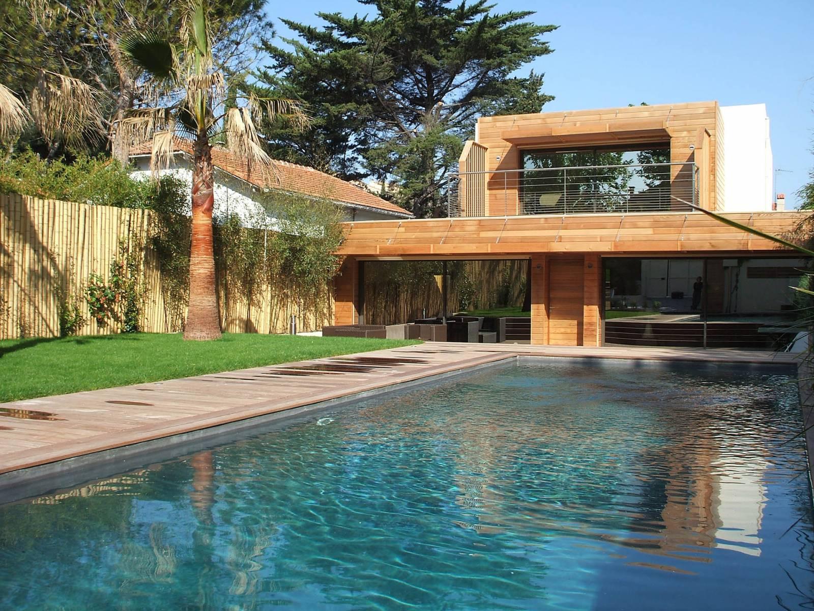 terrasse en bois parquet plage de piscine marseille terrasses meynier. Black Bedroom Furniture Sets. Home Design Ideas
