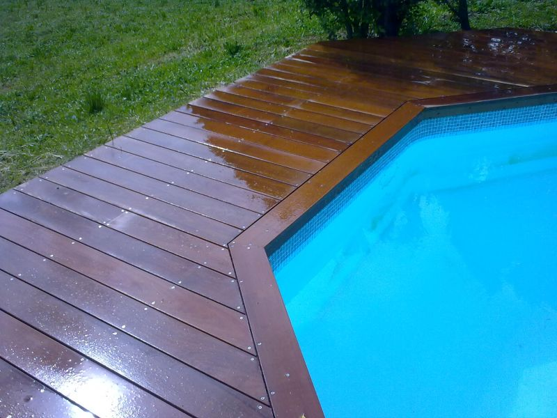 Pose d 39 un deck de piscine marseille 5eme 13005 for Piscine 5eme