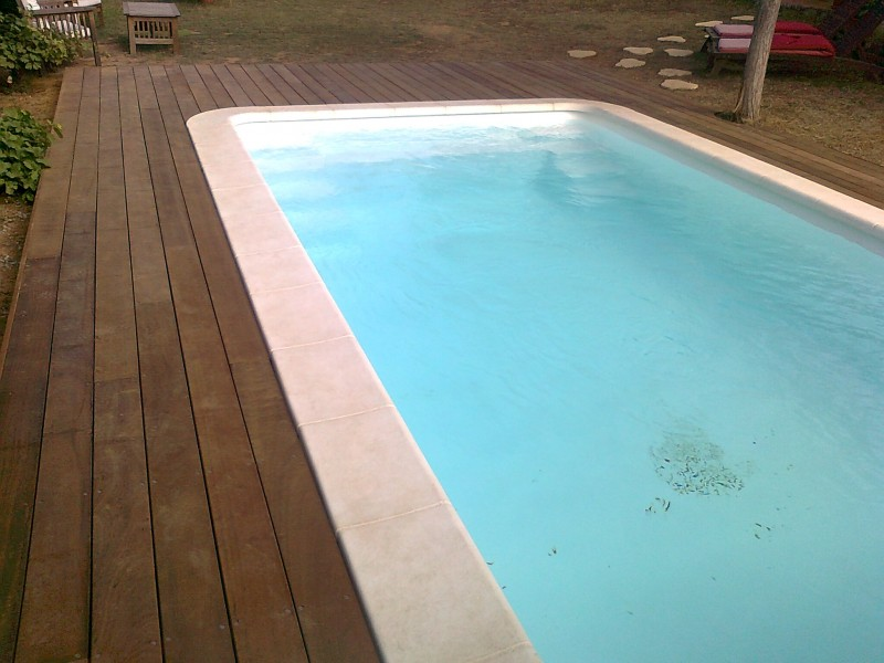 entourage de piscine en itauba vitrolles pose de. Black Bedroom Furniture Sets. Home Design Ideas