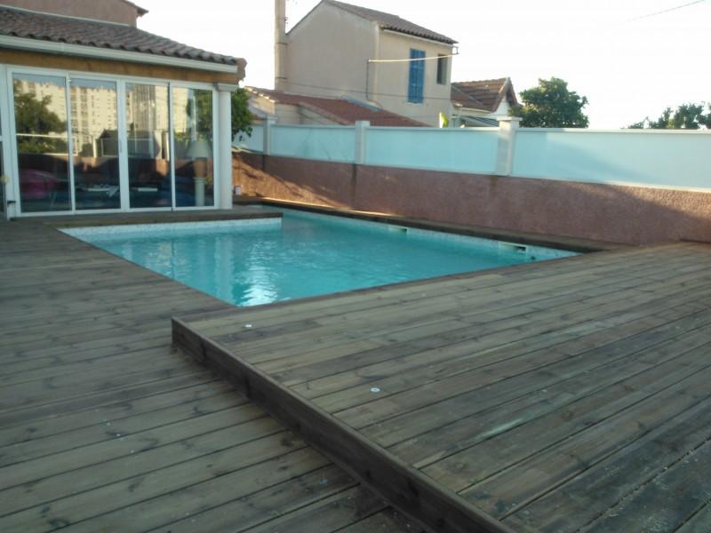 entourage de piscine en pin des landes autoclav classe 4 marseille pose de parquet et. Black Bedroom Furniture Sets. Home Design Ideas