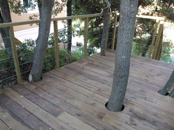 terrasse suspendue dans les arbres sausset les pins patrice meynier. Black Bedroom Furniture Sets. Home Design Ideas