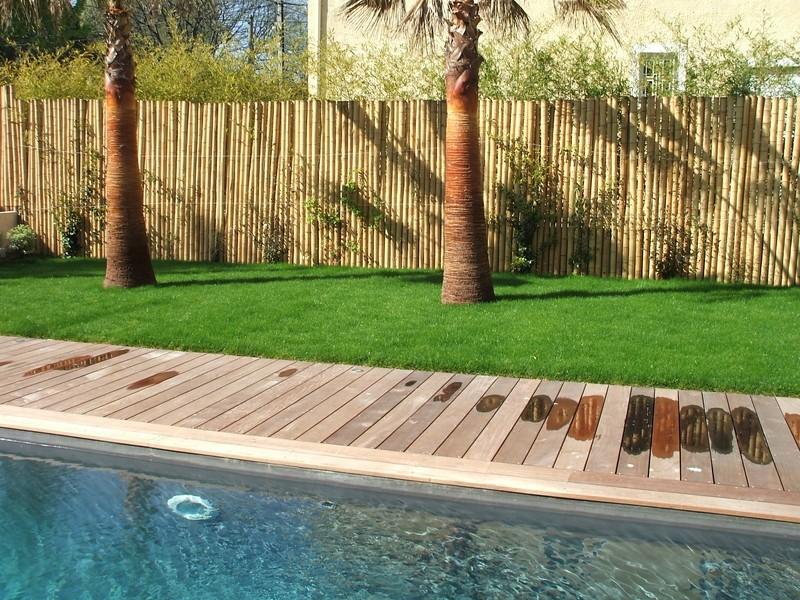 entourage d 39 une piscine en ip dans une maison contemporaine marseille patrice meynier. Black Bedroom Furniture Sets. Home Design Ideas